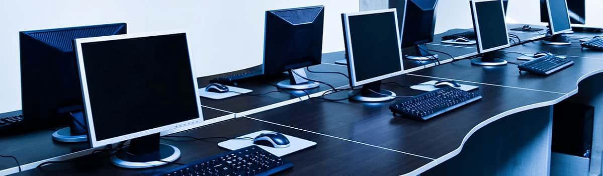برگزاری کلاس های تحلیل اماری و نرم افزار های مربوطه